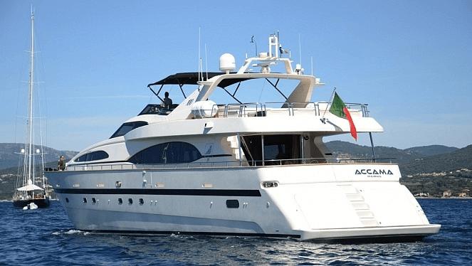 accama yacht cannes
