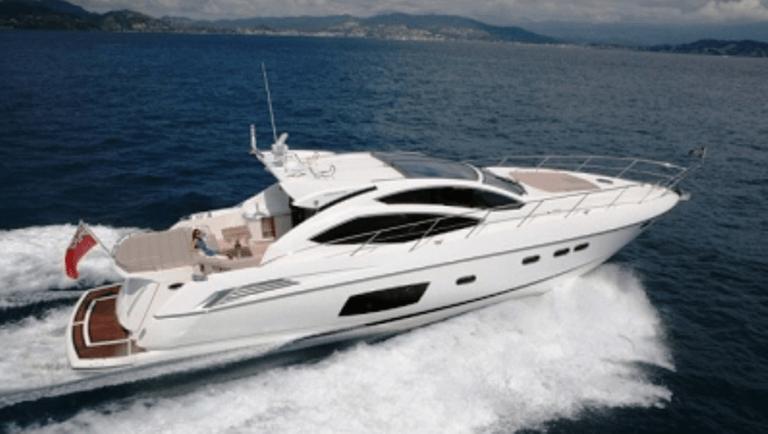 mandelieu loisirs location bateau yacht hybride avec ou sans permis mandelieu paradise. Black Bedroom Furniture Sets. Home Design Ideas