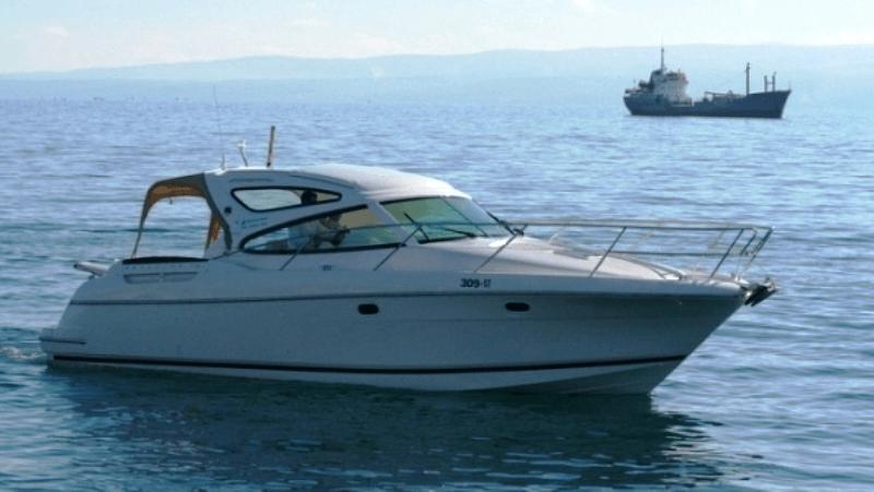 rent boat jeanneau cannes