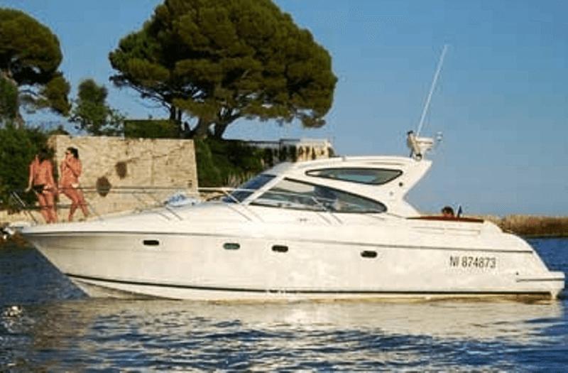 rent boat jeanneau prestige 34